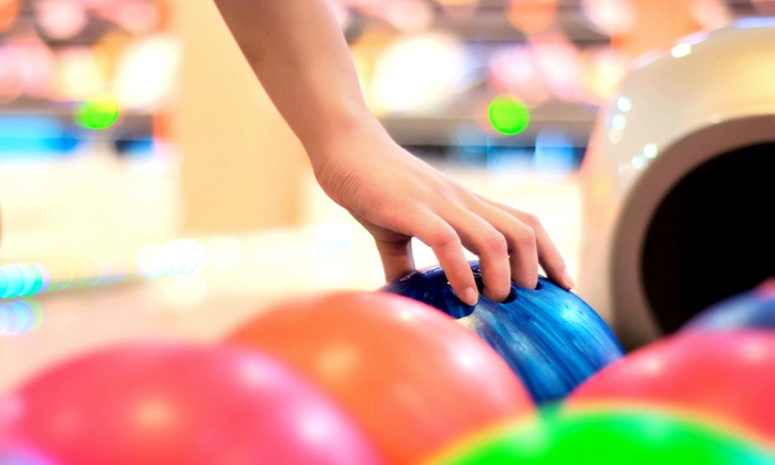 Funquest - Collierville: $25 for 2 Hours of Bowling with a16-Inch 1-Topping Pizza and Pitcher of Soda at Funquest ($54.95 Value)