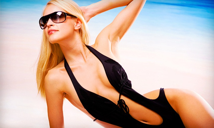 Tan the Moon - Union Square: $20 Worth of UV or Spray Tanning