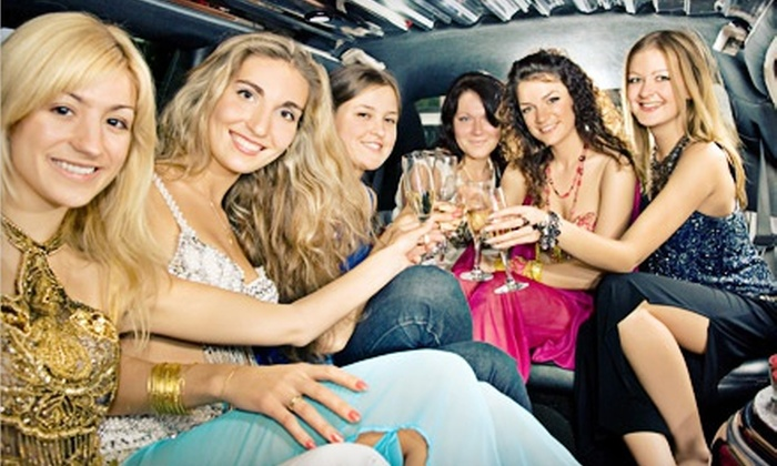 Vegas Limo of KC - East Bottoms: $89 for One-Hour Holiday Lights Tour For Up to Eight from Vegas Limo KC ($180 Value)