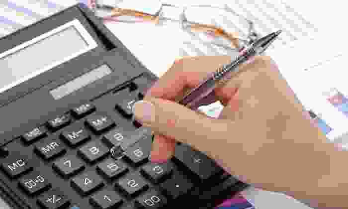 CM Crawford Accounting and Tax, LLC - Delano: $49 for Professional Income-Tax Preparation at CM Crawford Accounting and Tax, LLC ($150 Value)