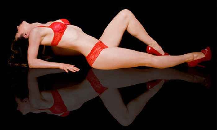 """Rosa Wang Photography - Mississauga: $59 for a One-Hour Boudoir Photo Shoot with 8""""x10"""" Digital File at Rosa Wang Photography ($240 Value)"""