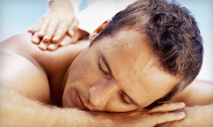 Nova Spinal Care - Edgewater: $29 for a 60-Minute Massage at Nova Spinal Care ($90 Value)