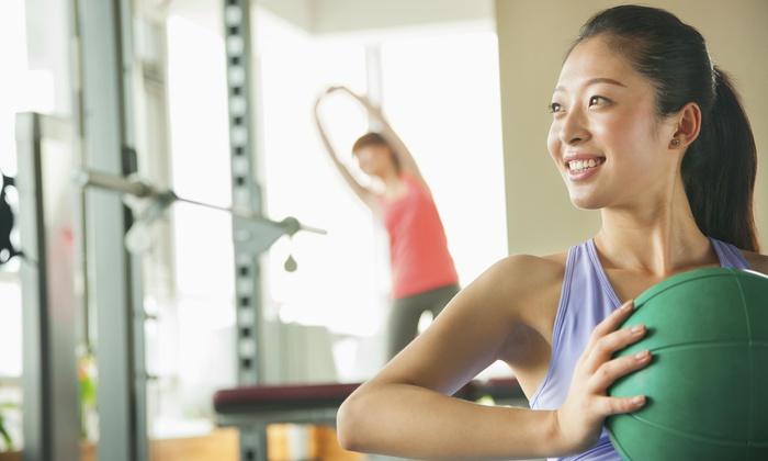 V!v Fitness 123 - Long Island: Two Personal Training Sessions at V!V FITNESS 123 (65% Off)