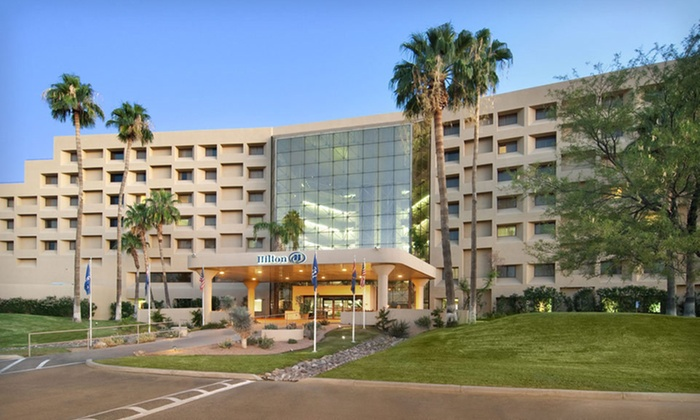 Hilton Tucson East - Vista Del Sahuaro: One-Night Stay in a Standard Room or One or Two-Night Stay in an Executive-Floor Room at Hilton Tucson East