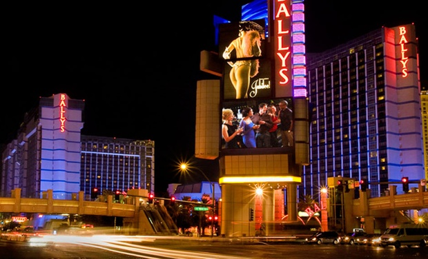 Stay In The Center Of Action On Strip At Bally S Las Vegas