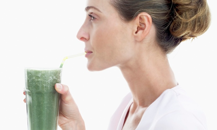 Cruda Cafe - Toronto: C$95 for One-Day Juice Cleanse and One-Day Raw-Food Cleanse at Cruda Cafe (C$160 Value)