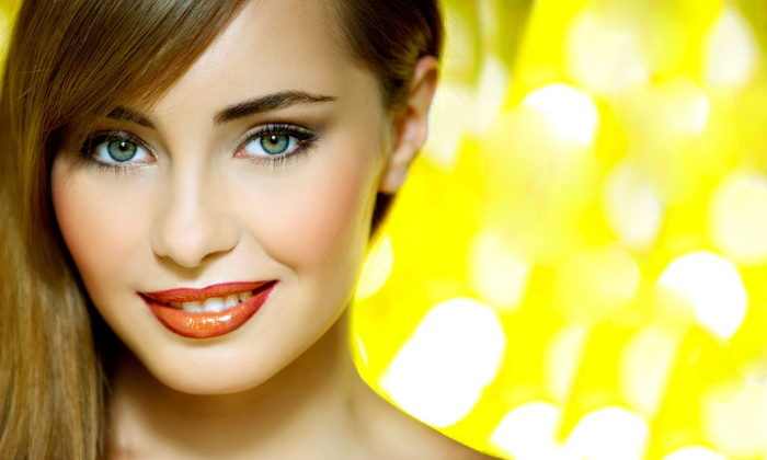 Helianthe - Aventura Executive Plaza: Permanent Eyeliner, Lip Liner, or Eyebrow Makeup at Helianthe (Up to 78% Off)