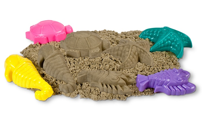 Colorful Molds With Fun Kinetic Play Sand