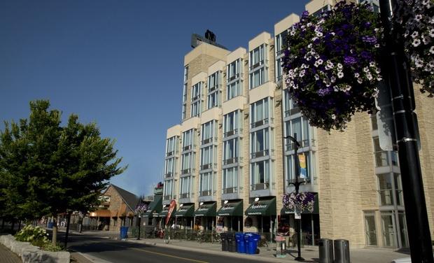 The Falls Hotel Inn Niagara Falls Hotel Near Casino