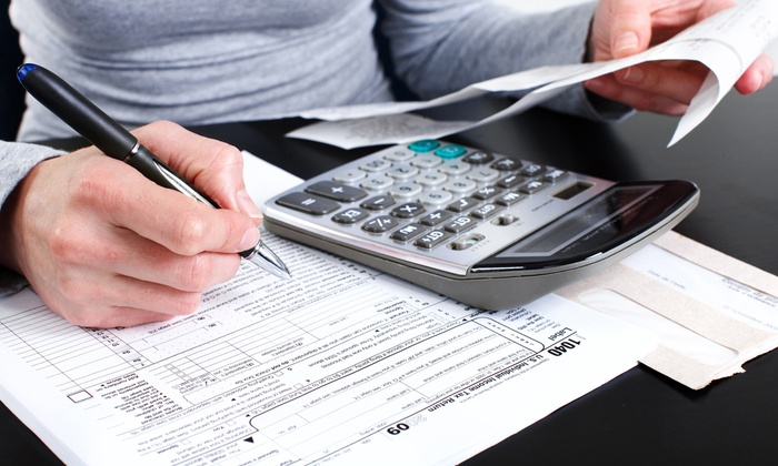 BR Accounting & Tax - Hamden: $93 for Individual or Joint Federal and State Tax Returns at BR Accounting & Tax ($300 Value)