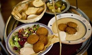 Kirkuk Kaffè: Menu etnico con specialità turche e calice di vino al ristorante Kirkuk Kaffè, in zona Piazza San Carlo