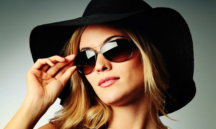 Optica Florir - Varias localizaciones: Paga desde 3 € y obtén descuentos de 40, 60 u 80 € en tus gafas de sol de temporada en 10 centros de Ópticas Florit