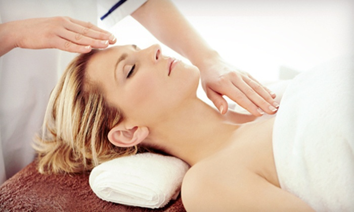 Holistic Hands - Multiple Locations: $35 for One-Hour Reiki Treatment at Holistic Hands ($75 Value)