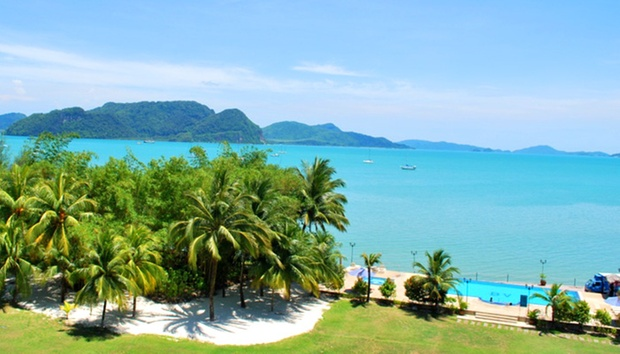Langkawi: Castle-Themed Resort 4