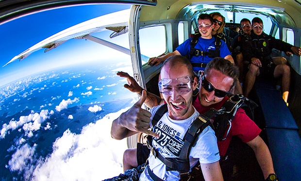 how to become a skydiver australia