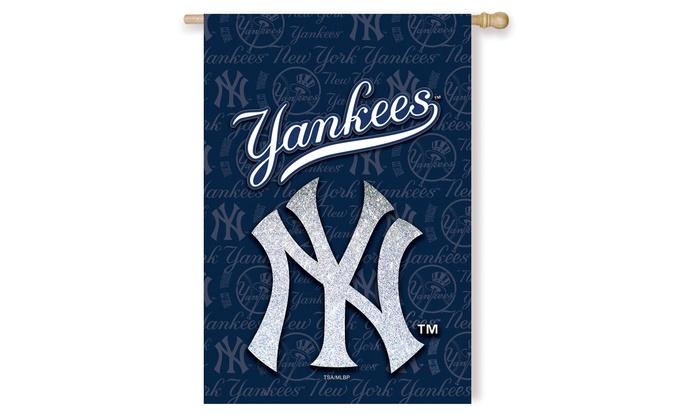 New York Yankees Suede Metallic House Flags: New York Yankees Suede Metallic House Flags
