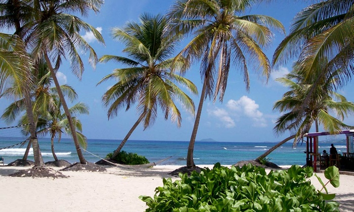 Hibiscus Beach Resort - Hibiscus Beach Resort: 3-, 5-, or 7-Night Stay with Dinner Credit at Hibiscus Beach Resort in St. Croix