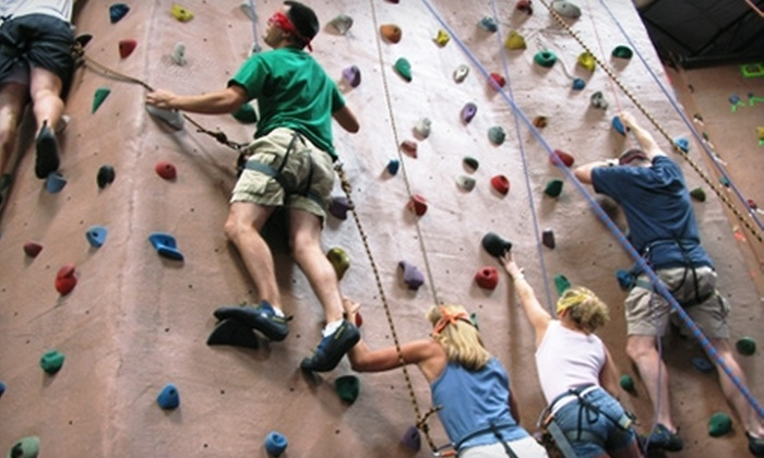 AZ on the Rocks - North Scottsdale: $12 for an Indoor-Rock-Climbing Day Pass and Gear Rental at AZ on the Rocks Plus a $5 Gift Card to Pita Jungle ($26.20 Value)