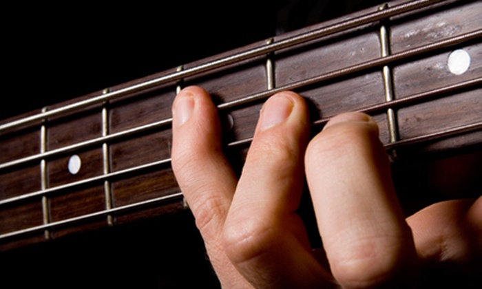 Blue Dot Guitars - Willamette: $40 for Four Guitar Lessons at Blue Dot Guitars in West Linn ($90 Value)