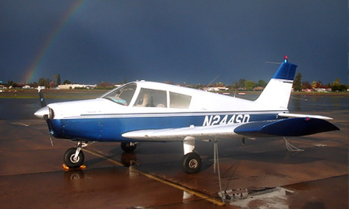 Memley Aviation - Edison: $95 for One-Hour Flight Lesson at Memley Aviation ($191.66 Value)