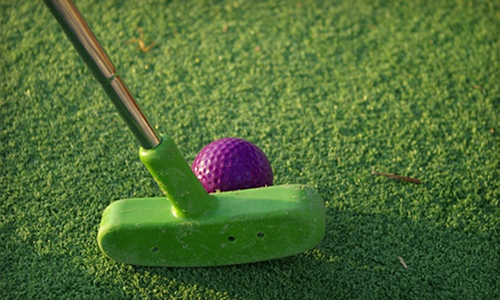 Masters Mini Putt - 400 West: $12 for a Family Pass for 18 Holes of Miniature Golf at Masters Mini Putt ($32 Value)