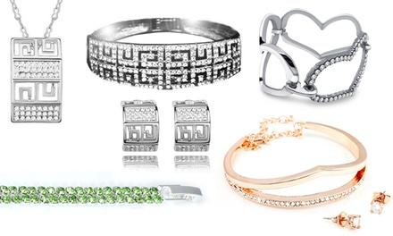 Selectie sieraden uit het overschot van Victoria's Candy, versierd met Swarovskikristallen