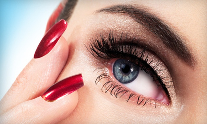 Spa at the Madison - Willingdon Heights: $89 for VaVa Voom! Eyelash Extensions at Spa at the Madison in Burnaby ($199 Value)