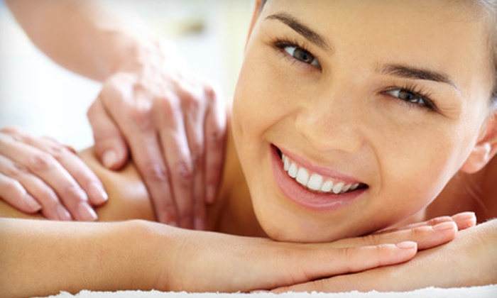 Madison Avenue Chiropractic Center - Midtown South Central: $29 for a 60-Minute Massage, Chiropractic Consultation, Exam, and X-rays at Madison Avenue Chiropractic Center (Up to $360 Value)