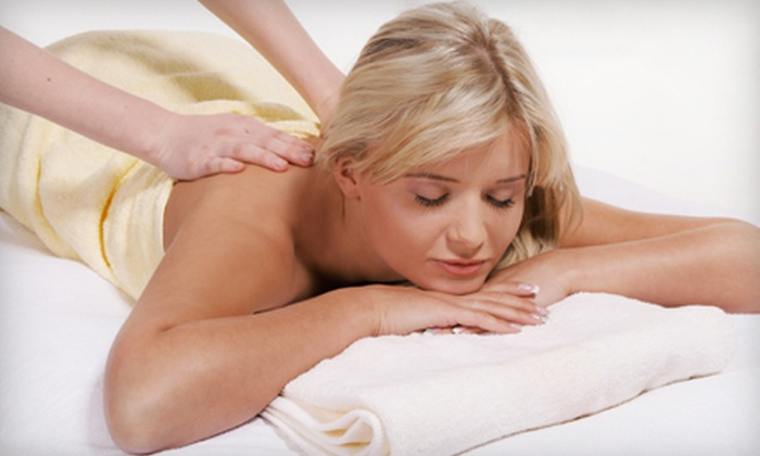 Hands on Therapies - Maryland Heights: $39 for 60-Minute Swedish Massage with Aromatherapy at Hands on Therapies in Maryland Heights ($80 Value)