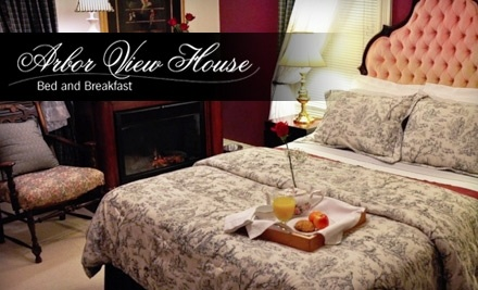 Arbor View House Bed and Breakfast: Two-Night Stay, $25 Dinner Voucher, and a $35 Voucher Valid at over 24 Wineries - Arbor View House Bed and Breakfast in East Marion