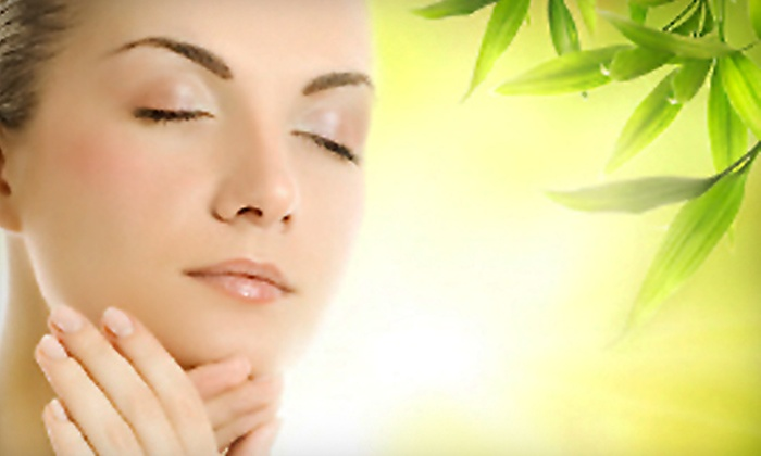Vida Skin Spá - Plano: Dermalaser Peel or Micro-Oxygen Facial at Vida Skin Spá in Plano