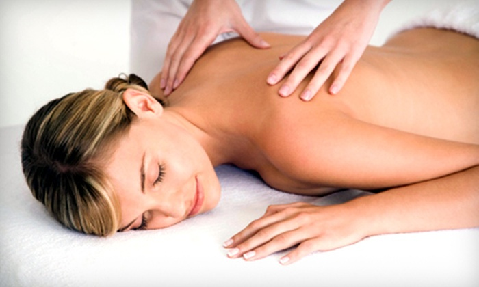Knepley Therapeutic Massage - East Greenwich: 60-Minute Relaxation or Couples Massage or Reiki Session at Knepley Therapeutic Massage in Warwick