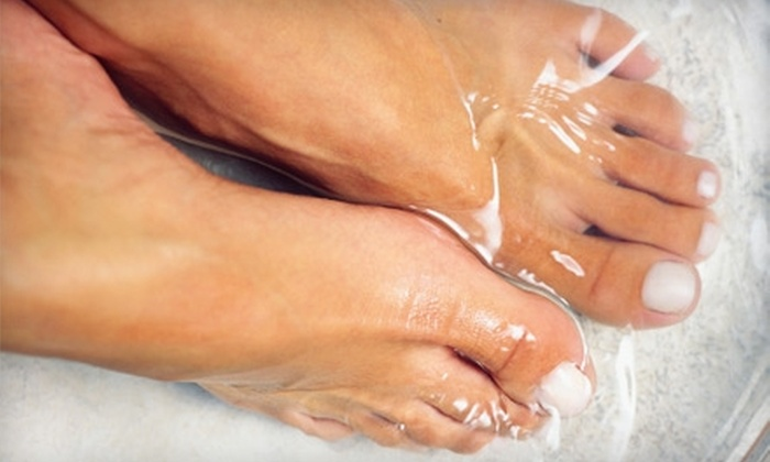 Sacred Journeys Healing Arts Centre - Lemoine Point: $25 for Ion Foot Cleanse at Sacred Journeys Healing Arts Centre ($55 Value)