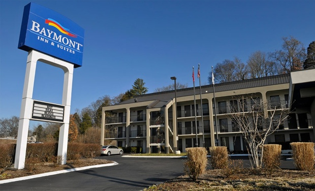 Baymont Inn Amp Suites Nashville Airport Groupon