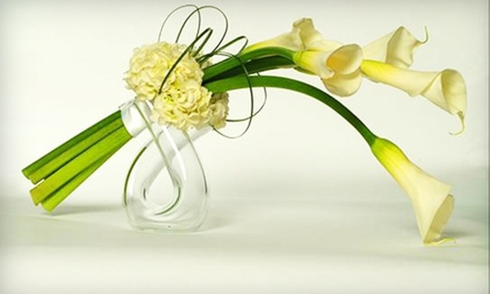 Y-Knotflowers.com: $20 for $40 Worth of Flower Arrangements, Plus $10 Toward  Delivery from Y-Knotflowers.com ($50 Value)