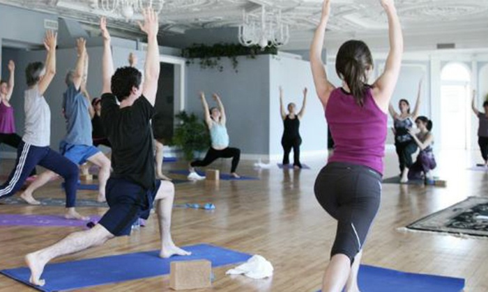 Stroga - Adams Morgan: 10 or 20 Fitness Classes or One Month of Unlimited Classes at Stroga Strength and Yoga (Up to 74% Off)