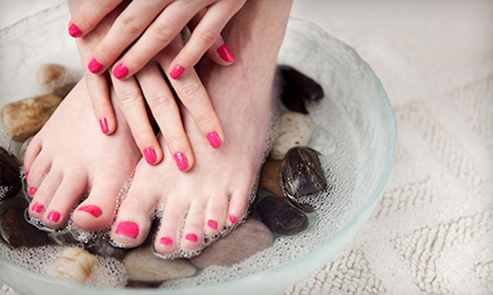 Michelle's Everlasting Beauty - Oakville: $29 for a Shellac Manicure and a Deluxe Pedicure at Michelle's Everlasting Beauty in Oakville ($60 Value)
