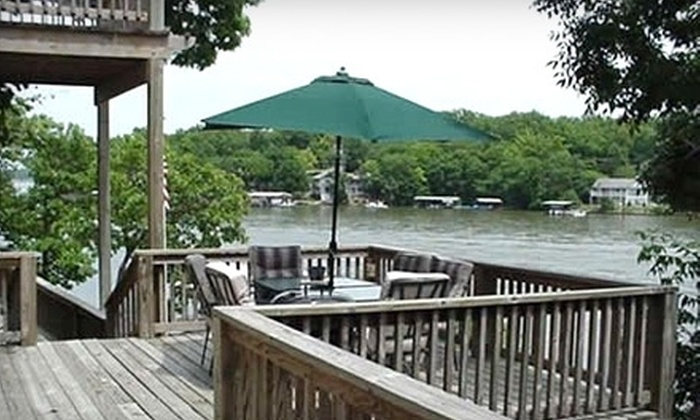 Eagle's Nest Resort - Osage: $106 for a Couple's Two-Night Stay in a One-Bedroom Townhouse at Eagle's Nest Resort in Sunrise Beach ($212 Value)