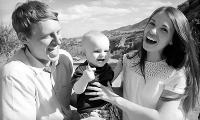Blue House Photography - Littleton: $69 for an On-Location Photo Shoot and 15 High-Resolution Images on CD from Blue House Photography ($300 Value)