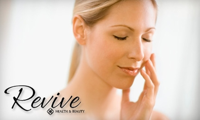 Revive Health & Beauty - Quailwood: $35 for a 45-Minute Sugar Scrub and 30-Minute Massage at Revive Health & Beauty ($80 Value)