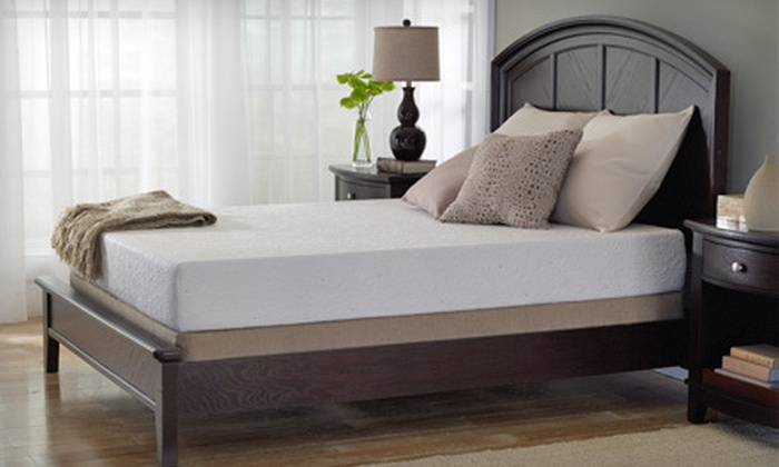 Discount Mattress - Multiple Locations: $25 for $100 Worth of Mattresses or Mattress Sets at Discount Mattress