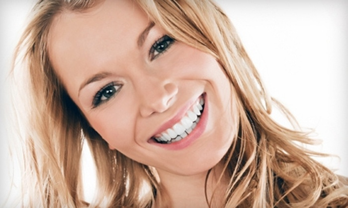 Cedar Rapids Smile Center - Wellington Heights: $49 for Whitening for Life Teeth Whitening From Cedar Rapids Smile Center ($99 Value)