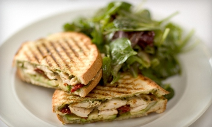 Il Ponte Cafe - Cottonwood Village: $10 for $20 Worth of Italian and Mediterranean Cuisine at Il Ponte Cafe