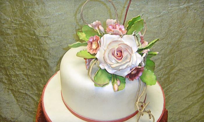 Icing On My Cake - Phoenix: $25 for a Cake-Decorating Class at Icing On My Cake in Scottsdale ($50 Value)