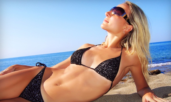 Catch a Tan - Snelling Hamline: $30 for Three Mystic Tan Sessions at Catch a Tan in St. Paul ($60 Value)