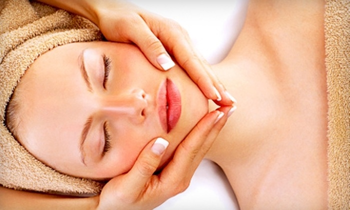 Molly's Skin Care Boutique - Hermosa Beach: One-Hour Swedish Massage or Oxygen Facial at Molly's Skin Care Boutique in Hermosa Beach