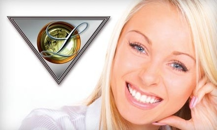 Dr. Tory R. Lindh Restorative and Cosmetic Dentistry - Lakes Of Newport: $89 for Zoom! Teeth Whitening with Dr. Tory R. Lindh ($550 Value)