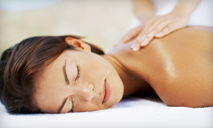 Skin 2 Envy - Folsom: Head-to-Toe Spa Package or Facial Treatments at Skin 2 Envy in Folsom (Up to 62% Off). Five Options Available.