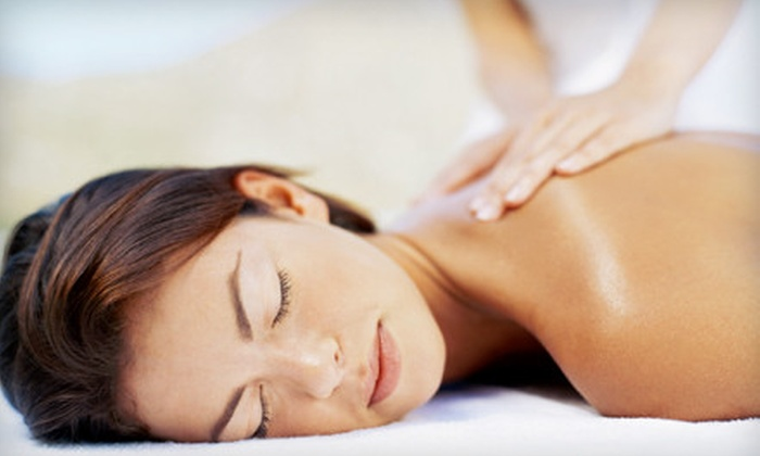 Bridgeview, Orland & Romeoville Chiropractic Centers - Multiple Locations: 30- or 60-Minute Massage at Bridgeview, Orland & Romeoville Chiropractic Centers (51% Off)