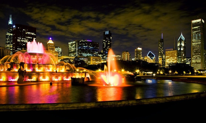 null - Chicago: Stay for Two with Sightseeing Cruise at Chicago's Essex Inn in Chicago, IL